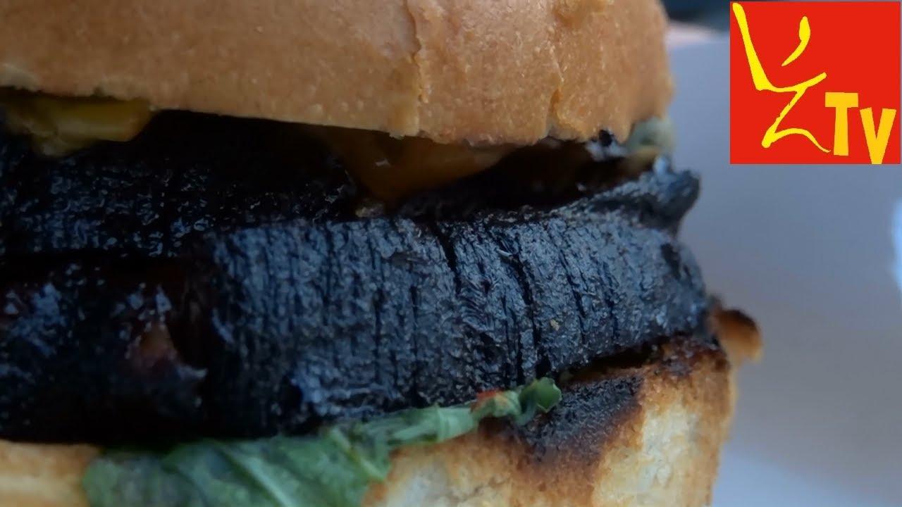 Przypalony burger Chashu - Yatai Sushi Otsumami Bar KRAKÓW