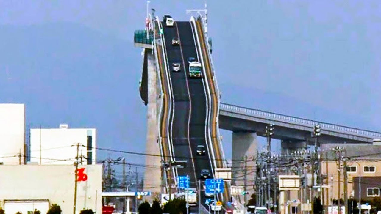 Download Here's The Bridge That Gives Drivers Panic Attacks When They Go Over It