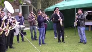 """ambrassband playing""""geljan dade"""" from Saban bajramovic"""