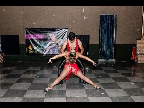 Baila Mundo - Washington Passos e Carina Trombim (Latin Party 25/01/2014)