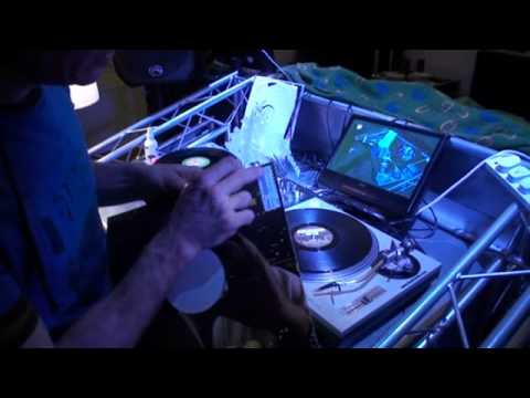 DJ mixing tutorial, andhow to look after your vinyl
