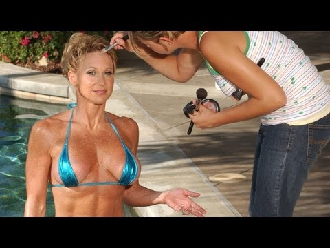 Fitness Icon Dena Anne Weiner models a bikini & poses for Rob Sims online video production