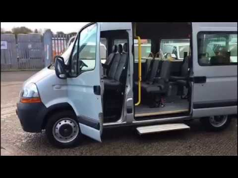 200c18dec0 Renault Master 9 seater minibus with ultra low miles for sale   Simply Van  Sales