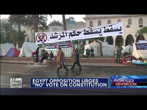 Egypt opposition urges 'no' vote on constitution