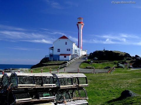 Driving To The Yarmouth Lighthouse - Cape Forchu