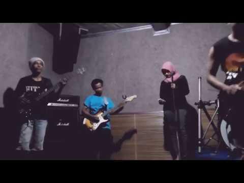 Kotak - Beraksi cover by freed band