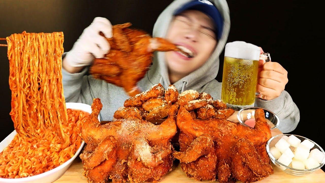 SUB)신명나게 뜯는 추억의 통닭 먹방? 까르보 불닭볶음면이랑 같이 먹을ㄱ Chicken & Spicy chicken noodles Mukbang asmr BBQ 치킨 리얼