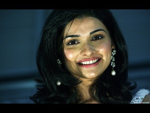 Prachi Desai - 'It Will Be Exciting To Date A Cricketer' | Bollywood News