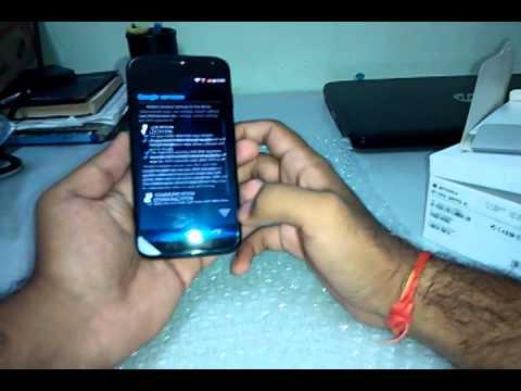 Motorola Moto X (1st gen) unboxing and quick review Part 1