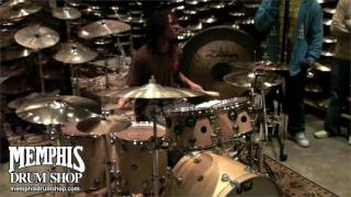 Thomas Pridgen In-Store Jam at Memphis Drum Shop(http://memphisdrumshop.com/ Thomas Pridgen In-Store Meet & Greet plus an impromtu jam at Memphis Drum Shop. Check out more videos on our Youtube ..., 2009-10-20T23:44:17.000Z)