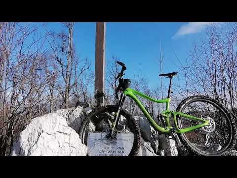 mountainbiken,-auf-neuen-wegen-am-anninger