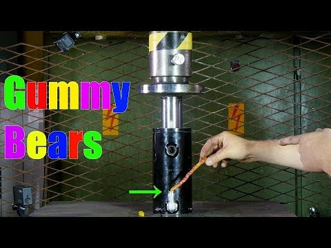 Transforming Gummy Bears to Giant Gummy Worm with Hydraulic Press