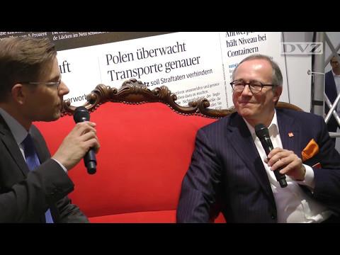 transport logistic 2017: Thomas Blank auf dem Roten Sofa der DVZ