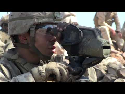 US WEAPONS 2017 - US Marines Snipers in Actions With M40A5, M110 and M107 .50 at Range