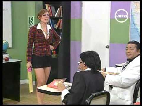 Upskirts bajo la falda chica de prepa con mallones blancos - 1 part 10