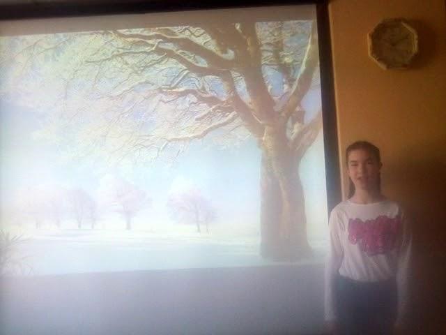 Изображение предпросмотра прочтения – ДианаПономарева читает произведение «Учись у них - у дуба, у берёзы» А.А.Фета