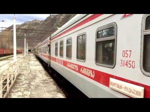 [Georgian Railway] passenger train calling at Mtskheta station on it's way to Tbilisi.