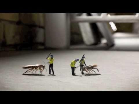 stimming-silver-surfer-hq-hilarious-street-art-beat2street
