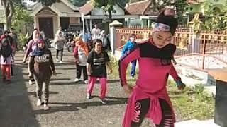 Senam aerobic bersama mb Neneng part 2