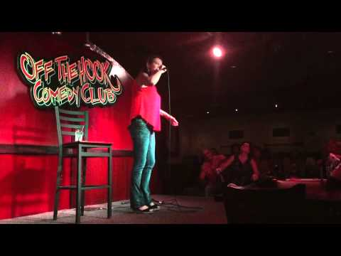 Amy Hunter, StandUp Comedy, Off The Hook Comedy Club