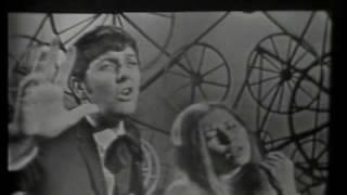 Nostalgia Cubana - Mirtha y Raul - Porque volviste ahora