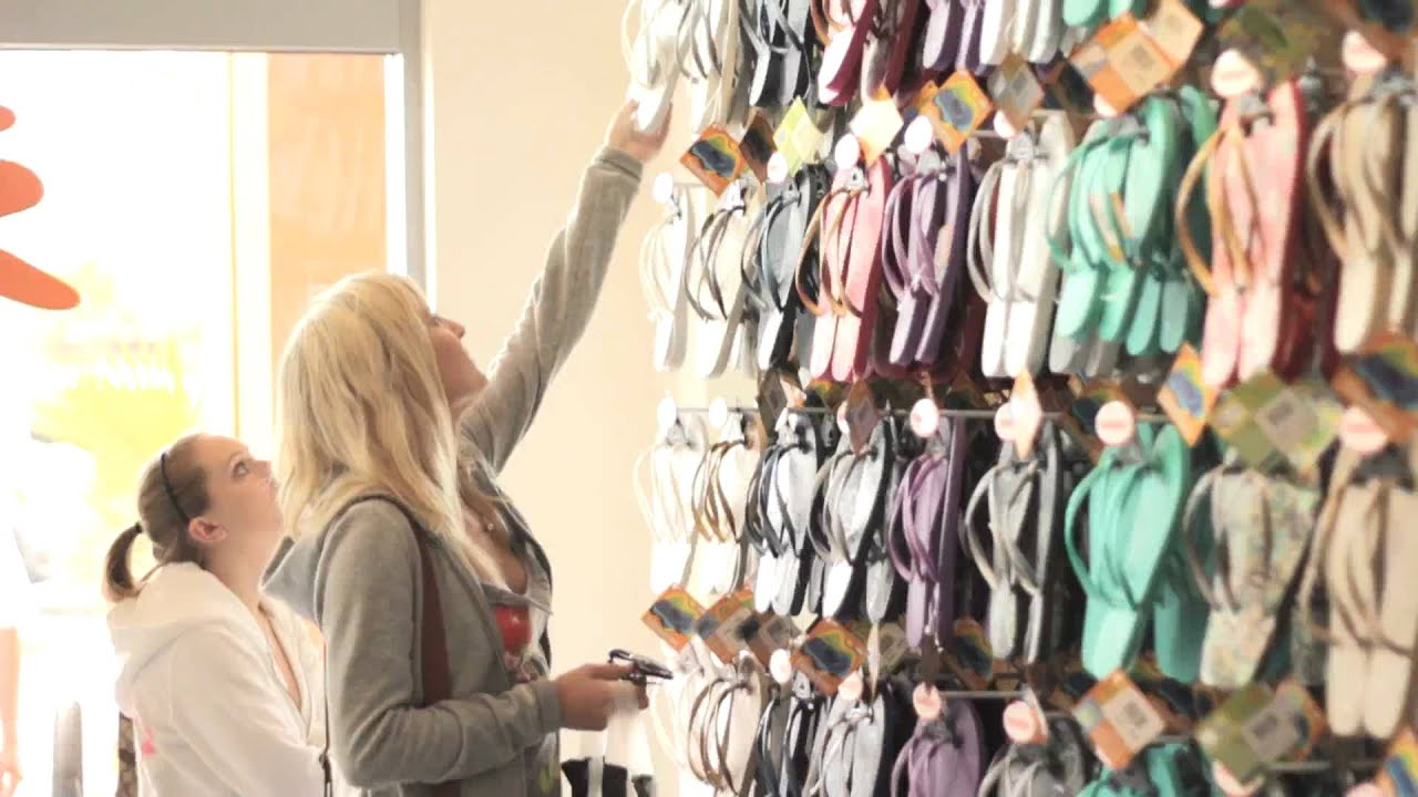 3040c50cdcee Havaianas - The 1st Havaianas Store in America - YouTube