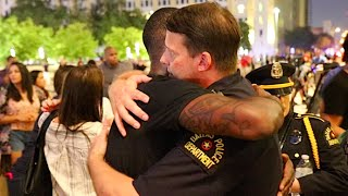 Free Hugs and Candlelight Vigil for 5 Dallas Police Officers Killed During Protest