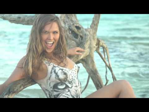 Ronda Rousey - Bodypainting (1) - Sports Illustrated Swimsuit 2016