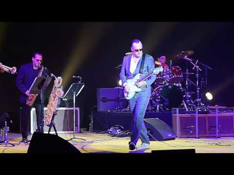 Joe Bonamassa In Tel Aviv - Love Ain't  A Love Song