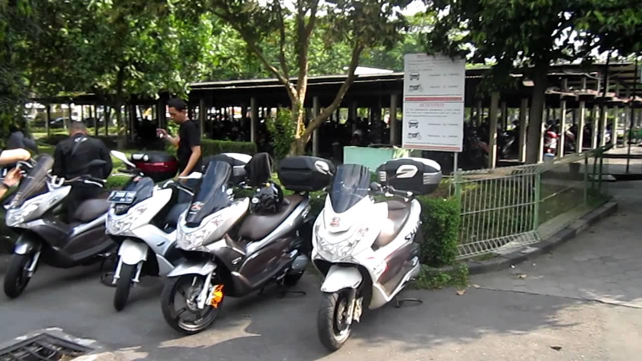 Honda PCX Club Indonesia (National Gathering) - YouTube on honda phantom, honda win, honda cd, honda lead, honda tif, honda cmx, honda art, honda moped, honda helix, honda hdr, honda sh150i, honda cbr, honda scooter,