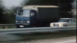 Repeat youtube video Mercedes W114 и W115 (1968-1976)