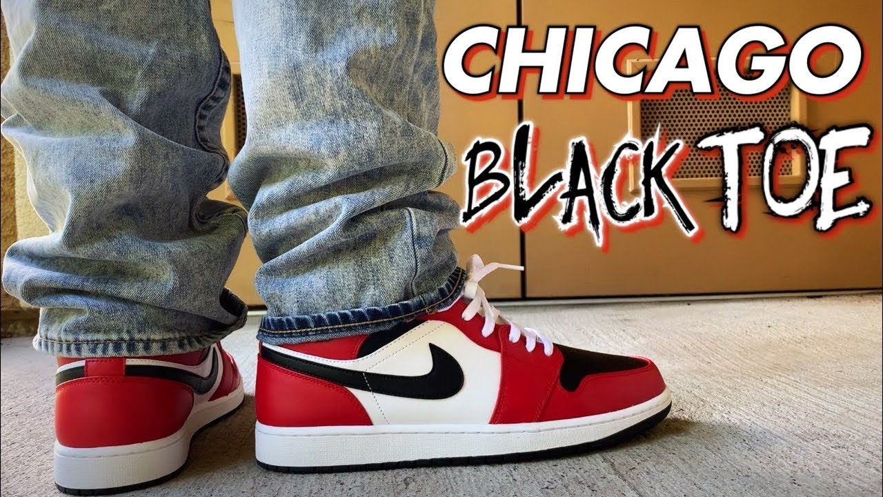 air jordan 1 mid chicago on feet