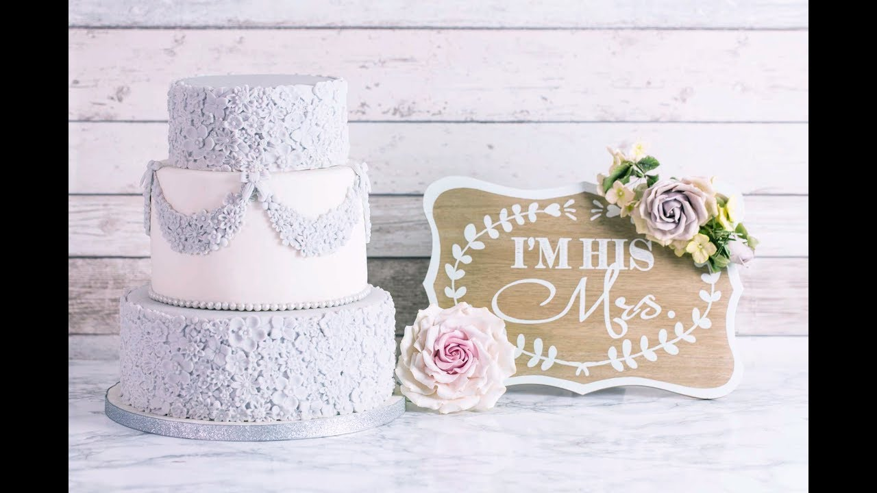 Karen Davies Cake Decorating