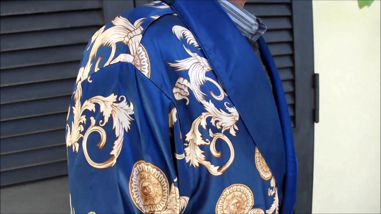 Vestaglia Da Camera Uomo : Vestaglia classica da uomo blu e oro da notte surenow youtube