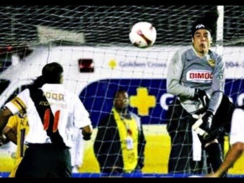 GUILLERMO OCHOA vs Vasco Da Gama 2007- San januario Stadium (Rio De Janeiro, Brazil)