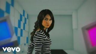 Download Mp3 Cinta Laura Kiehl - Cinta Atau Uang  Video Clip  Ori