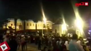 الأمن يدفع بـ«مدرعات» بعد محاولة افراد اقتحام حفل منير (اتفرج)