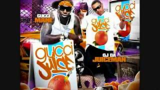 "OJ Da Juiceman Ft Gucci Mane ""Trappin"" (New Music Song June 2009) + Download"