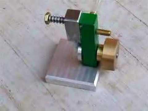 small-oscillating-steam-engine