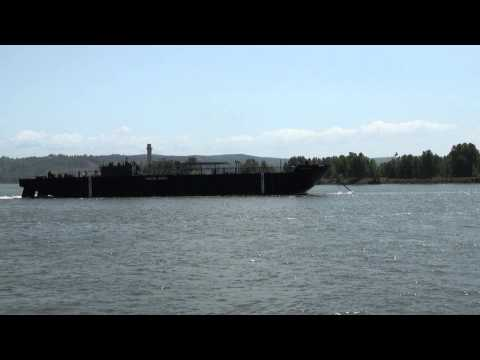 Klihyam Towing An Oil Barge