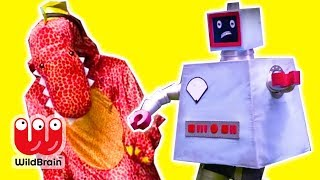 DINOSAURS VS ROBOTS 🤖 Malice Turns Into a Dinosaur - Princesses In Real Life | WildBrain Kiddyzuzaa
