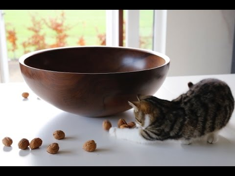 Turning A Wooden Salad Bowl With Glenn Lucas