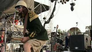 Colonel Les Claypool's Fearless Flying Frog Brigade -- Thela Hun Ginjeet