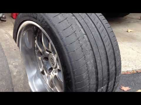 944 vs 911 rear tire size