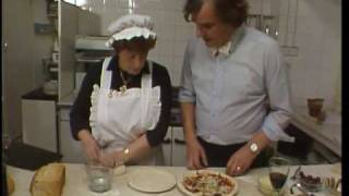How To Make A Pizza - Floyd Cooks - Bbc