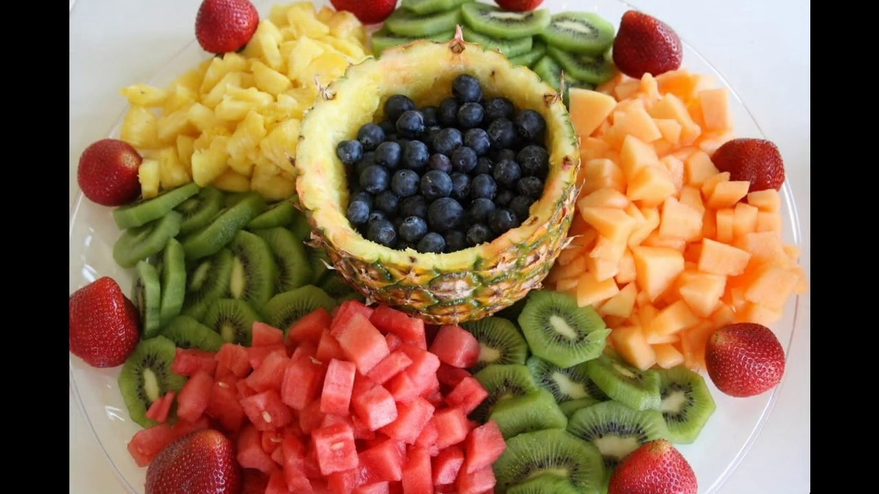 Fruit decoration ideas pineapple youtube for Decoration fruit