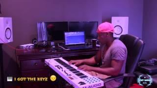 when a music producer falls inlove lol 😩😍  | @streezycarni