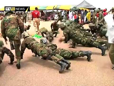 Volunteer Nigerian soldiers participate in airborne routine during graduation