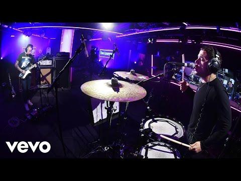 Slaves - Socket in the Live Lounge