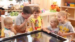 Детский интерактивный стол UTSKids(Большой сенсорный дисплей, безопасная конструкция (все углы скруглены, стол тяжелый, дети не смогут его..., 2015-11-13T10:43:04.000Z)